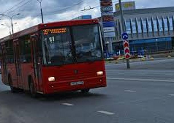 За неделю в казанских автобусах было выявлено более 50 нарушений